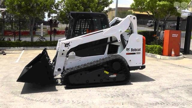Where to find TRACK SKIDSTEER, T590, 7800  MACHINE in Sapphire